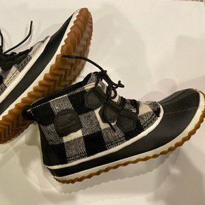 Madewell Sorel Out 'n About Boots Buffalo Check